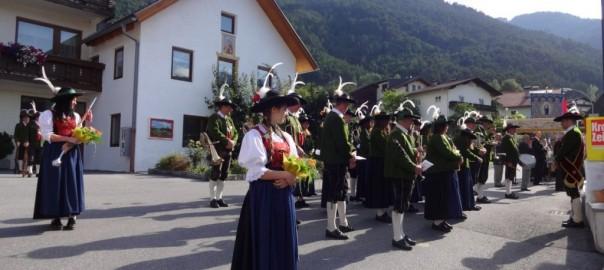 Dorffest-Kirchtag-in-Karrösten